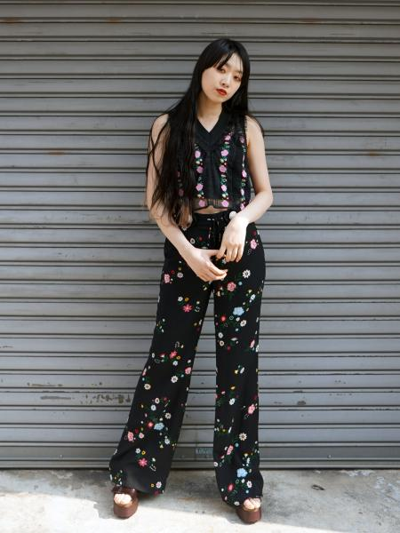 FLOWER PRINT LONG PANTS