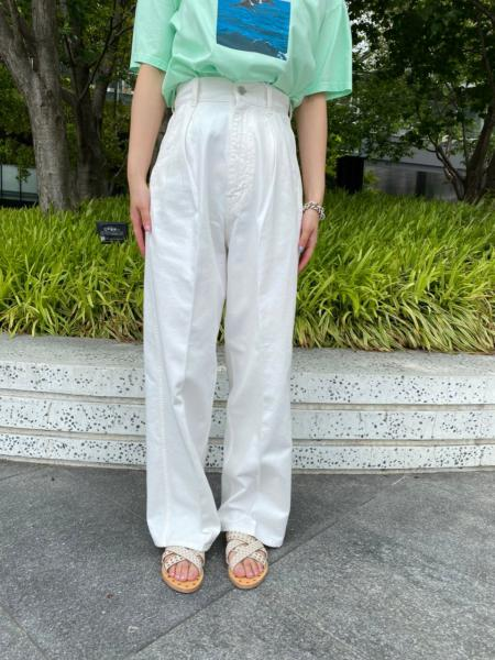 COLOR TUCK PANTS (WHITE)