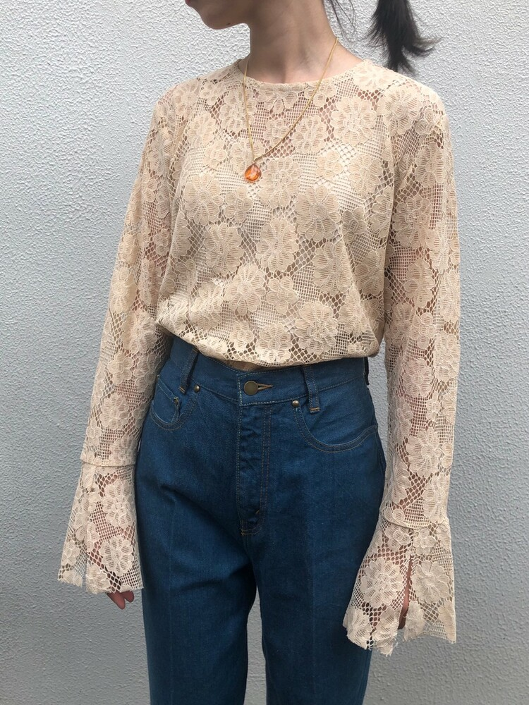 【20AW】CHEEKY MESH LACE TOP